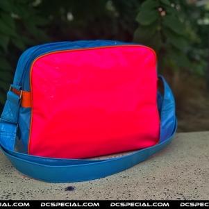 Lonsdale Schoudertas 'Blauw / Roze / Oranje'