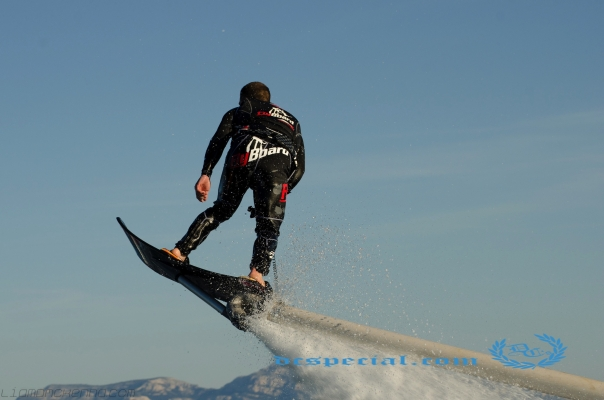 Hoverboard ( 5 - 10 min. theorie + 30 minuten Hoverboarden )
