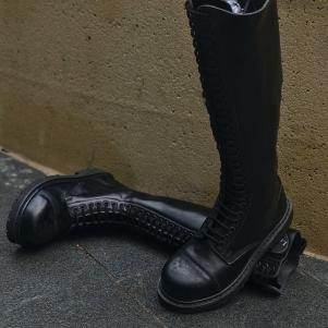 Knightsbridge Boots '30-hole'