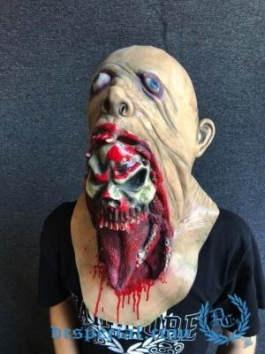 Masker Full Face 'Monster Inside'