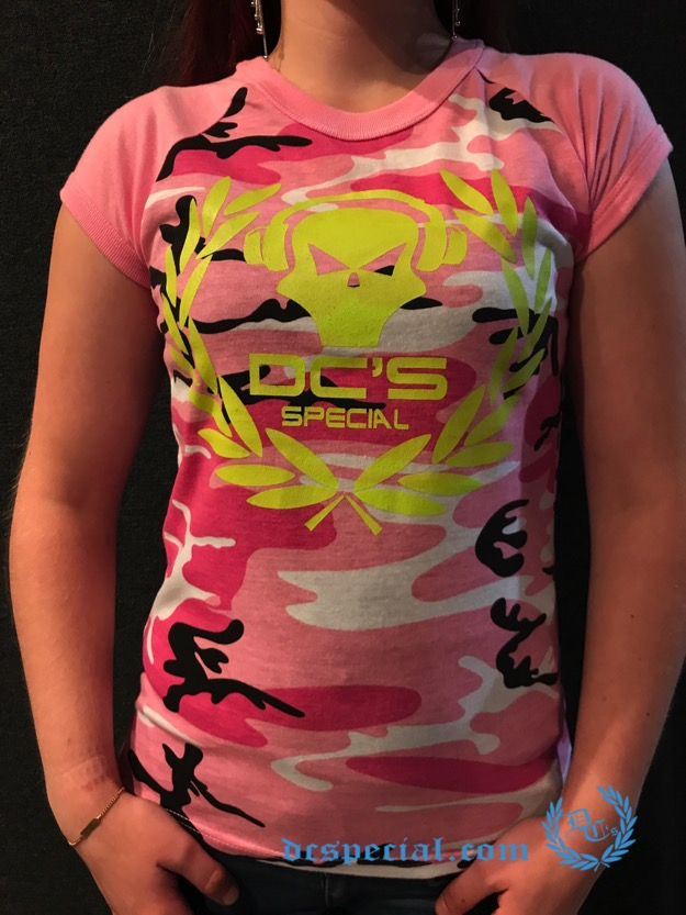 Dc's Special T-shirt 'Shortsleeve Headphone Pink'