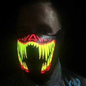 Masker LED Lights 'Creepy Smile'Masker LED Lights 'Creepy Smile'