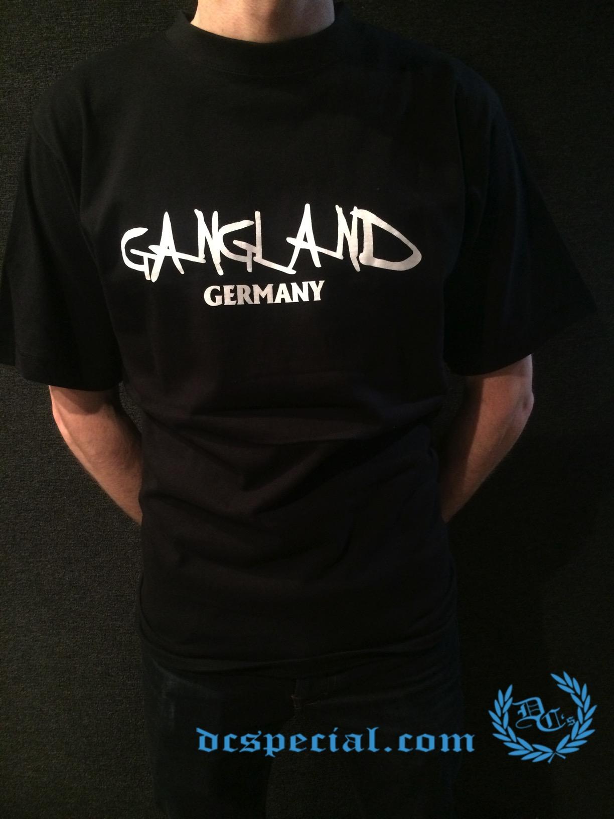 Gangland T-shirt 'Uzi Does It'