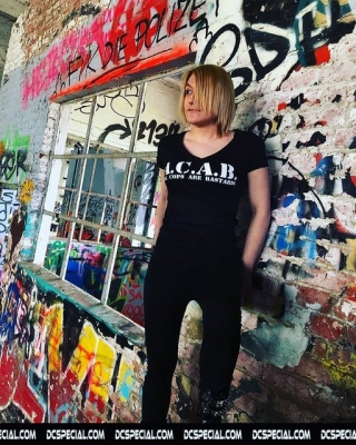 ACAB Vrouwen V-neck T-shirt 'All Cops Are Bastards'