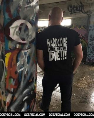 Hakken T-shirt 'Hardcore Will Never Die!!!'