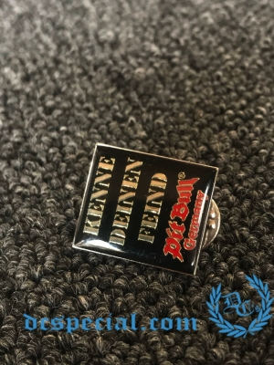 Pit Bull Pin 'Kenne Deinen Feind'