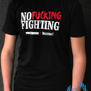 Partyraiser T-shirt 'No Fucking Fighting'