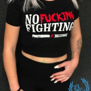 Partyraiser Vrouwen Crop Top 'No Fucking Fighting'